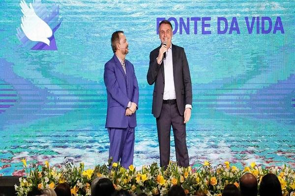 Popularidade de Bolsonaro entre evangélicos despenca, mostra pesquisa XP/Ipespe